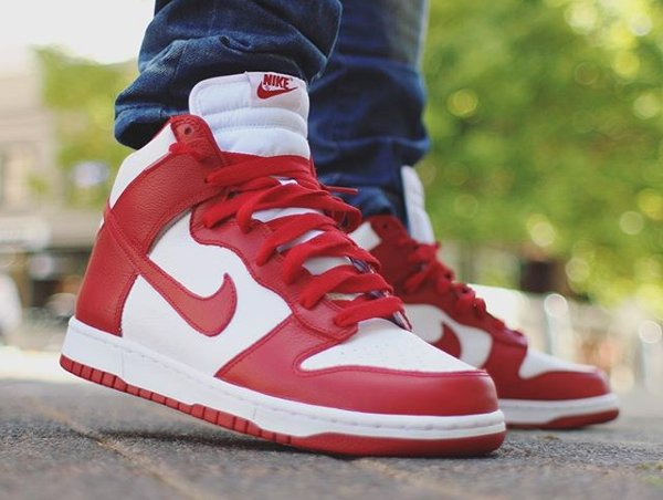 chaussure Nike Dunk High Retro White Red ST Johns 2016 aux pieds