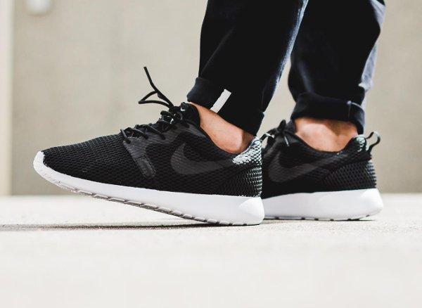 chaussure Nike Roshe One Hyper BR Black (1)