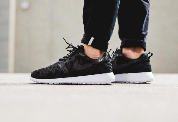 chaussure Nike Roshe One Hyper BR Black