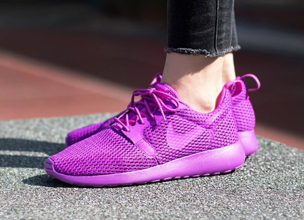 chaussure Nike Wmns Roshe One Hyper BR Ultra Violet (1)