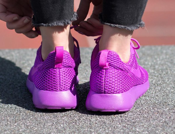 chaussure Nike Wmns Roshe One Hyper BR Ultra Violet (2)