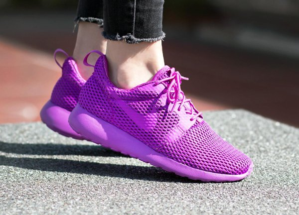 chaussure Nike Wmns Roshe One Hyper BR Ultra Violet
