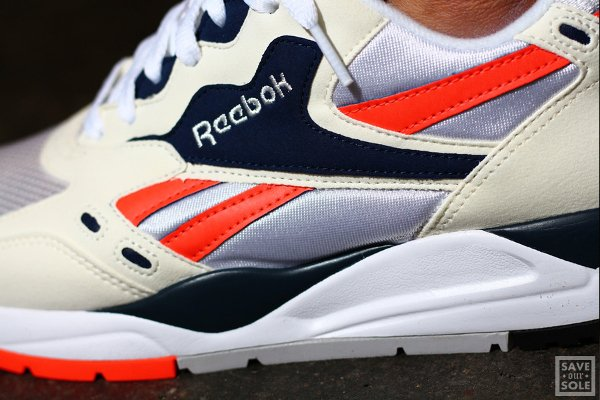 chaussure Reebok Bolton Vintage Chalk White Atomic Red (3)