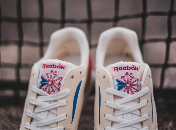 chaussure Reebok World Best OG Chalk Paperwhite (5)