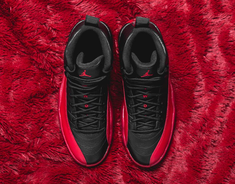 Air Jordan 12 Retro Black Varsity Red (3)