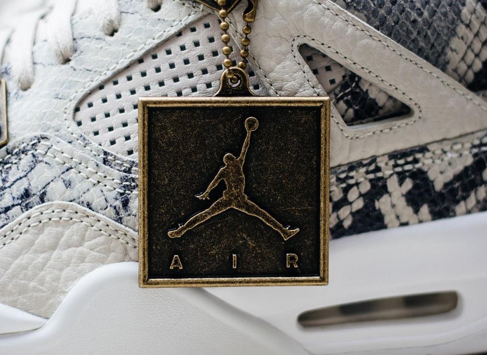 Air Jordan 4 Retro Premium Light Bone (10)