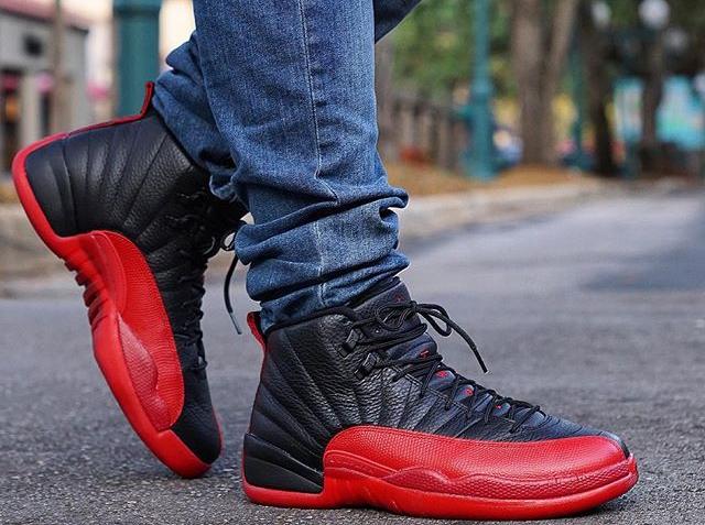 Basket Air Jordan 12 Retro Flu Game 'Black Red' 2016 (2)