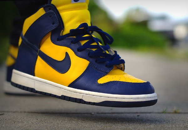 Basket Nike Dunk High Retro Michigan (1)