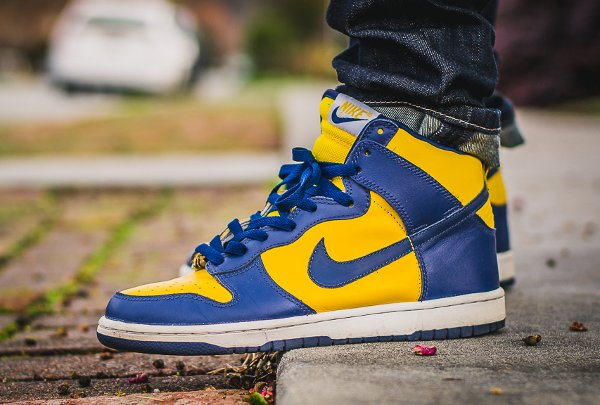 Basket Nike Dunk High Retro Michigan (2)