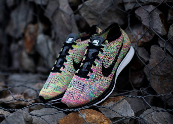 Basket Nike Flyknit Racer Multicolor 3.0 Rainbow Grey Tongue (5)