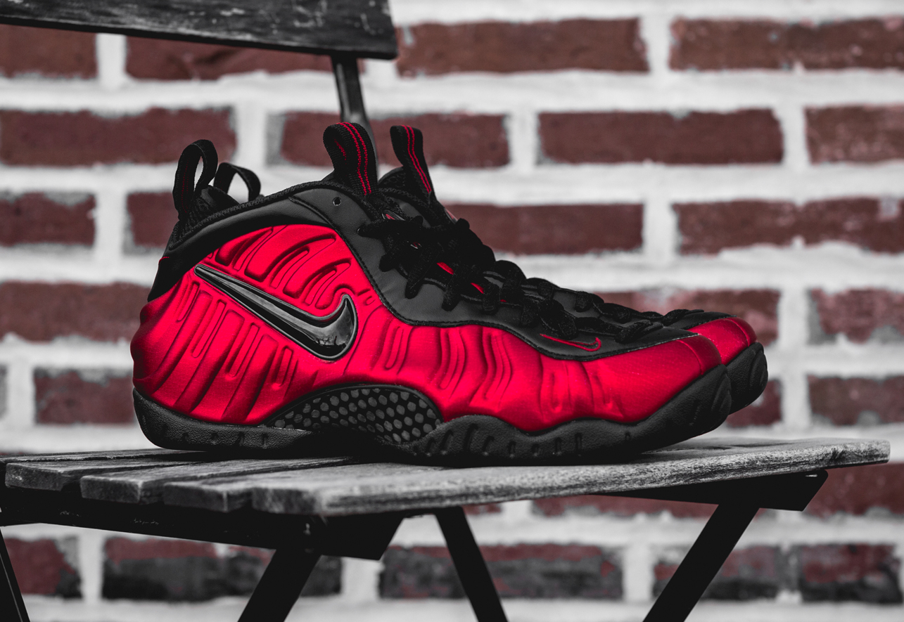 Nike Air Foamposite Pro 'University Red'