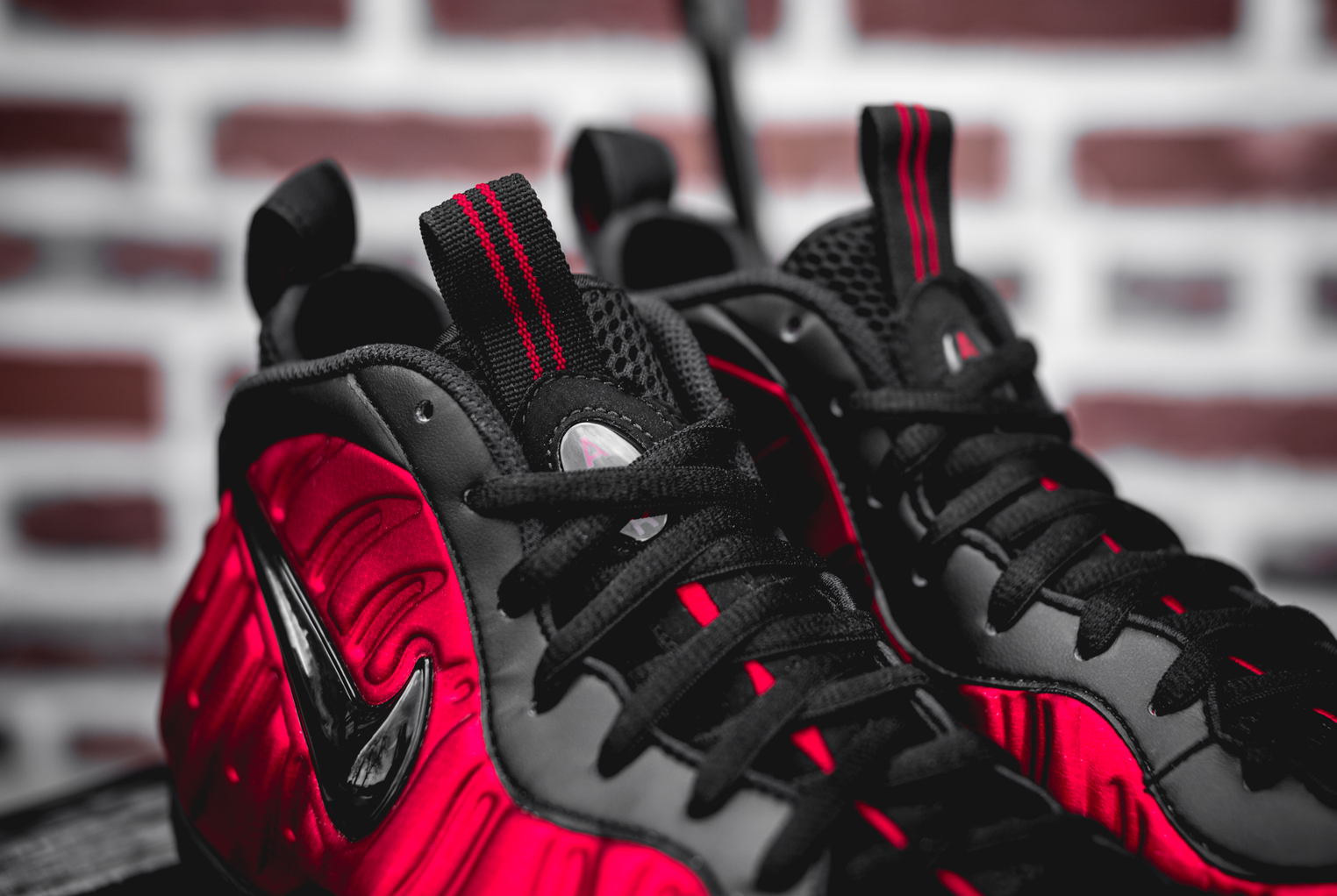 Chaussure Nike Air Foamposite Pro 'University Red' (5)