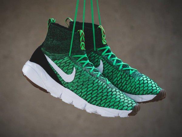 Nike Air Footscape Magista Flyknit 'Poison Green & Bright Crimson'