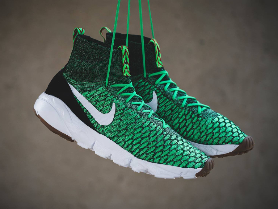 Nike Air Footscape Magista Flyknit 'Poison Green & Bright Crimson'