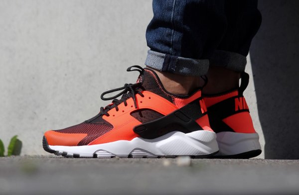 Nike Air Huarache Run Ultra 'Total Crimson' 'Menta'