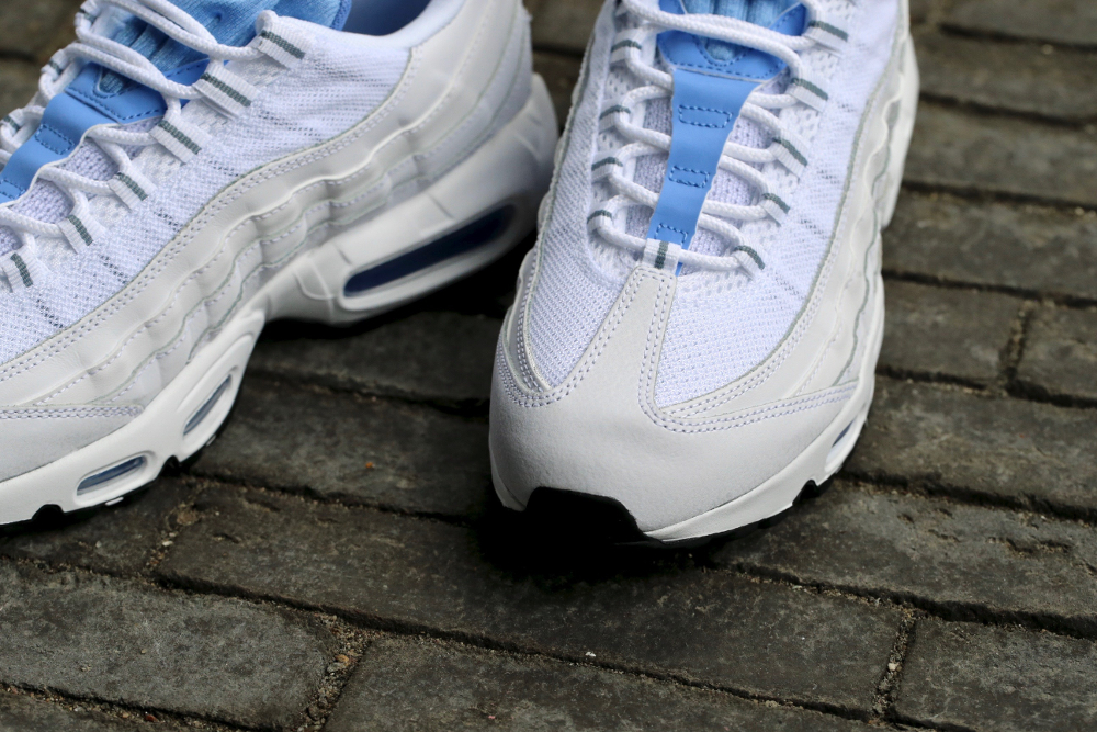 Nike Air Max 95 Essential 'White Chalk Blue Stealth'
