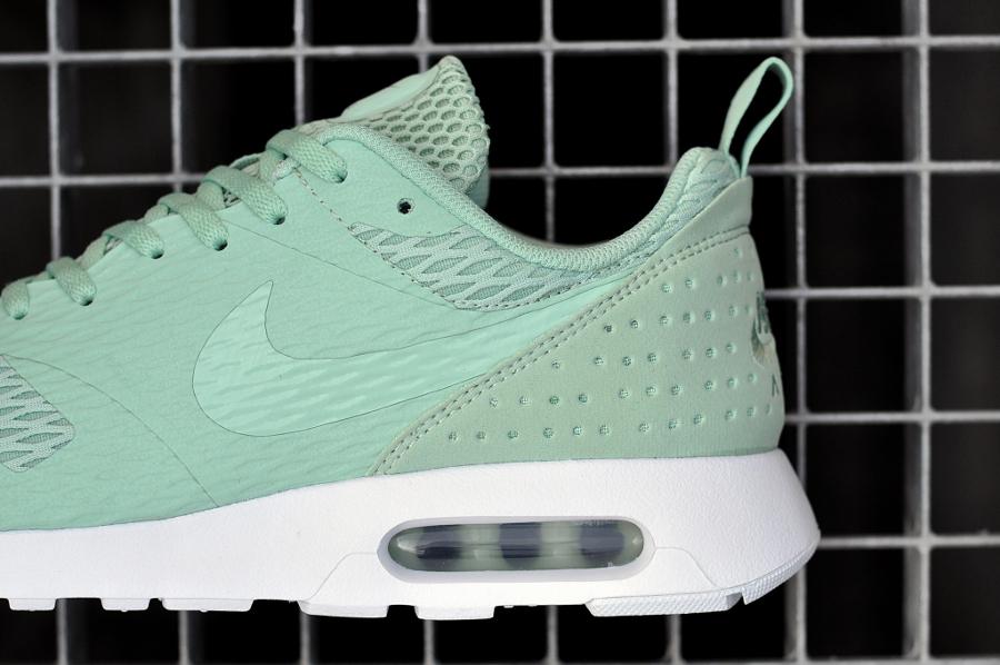 Chaussure Nike Air Max Tavas SE Enamel Green (4)