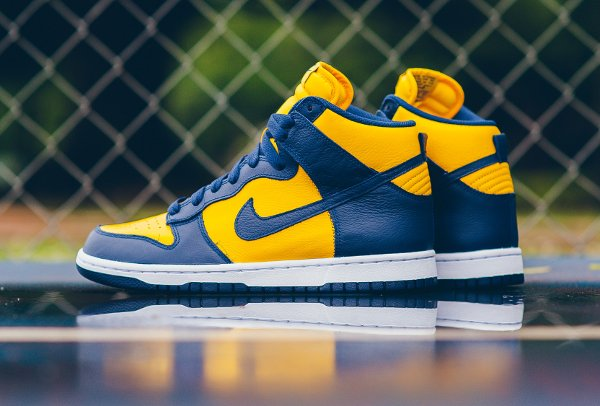 Chaussure Nike Dunk High Retro Michigan (Varsity Maize Midnight Navy) (1)