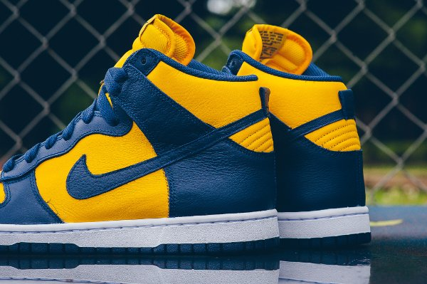 Chaussure Nike Dunk High Retro Michigan (Varsity Maize Midnight Navy) (2)