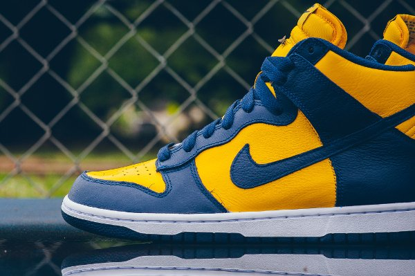 Chaussure Nike Dunk High Retro Michigan (Varsity Maize Midnight Navy) (3)