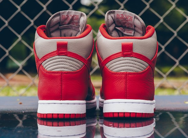 Chaussure Nike Dunk High Retro 'UNLV' (Soft Grey University Red) (4)