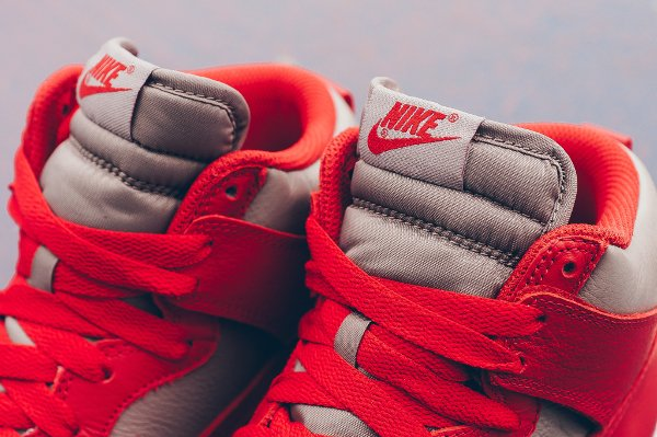 Chaussure Nike Dunk High Retro 'UNLV' (Soft Grey University Red) (6)