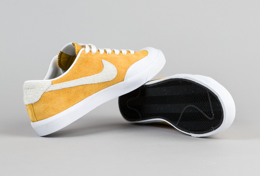 official photos 4e18f b7e78 Chaussure Nike SB Air Zoom All Court Cory Kennedy daim jaune (6)