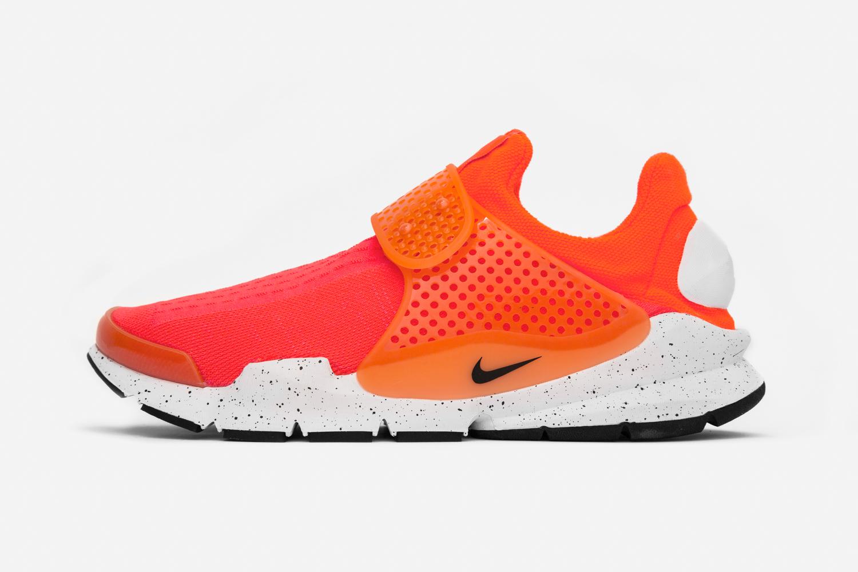 Chaussure Nike Sock Dart SE Total Crimson (1)