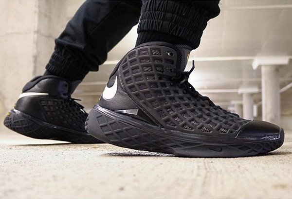 Nike Kobe 3 Black Out - @ray4dashow