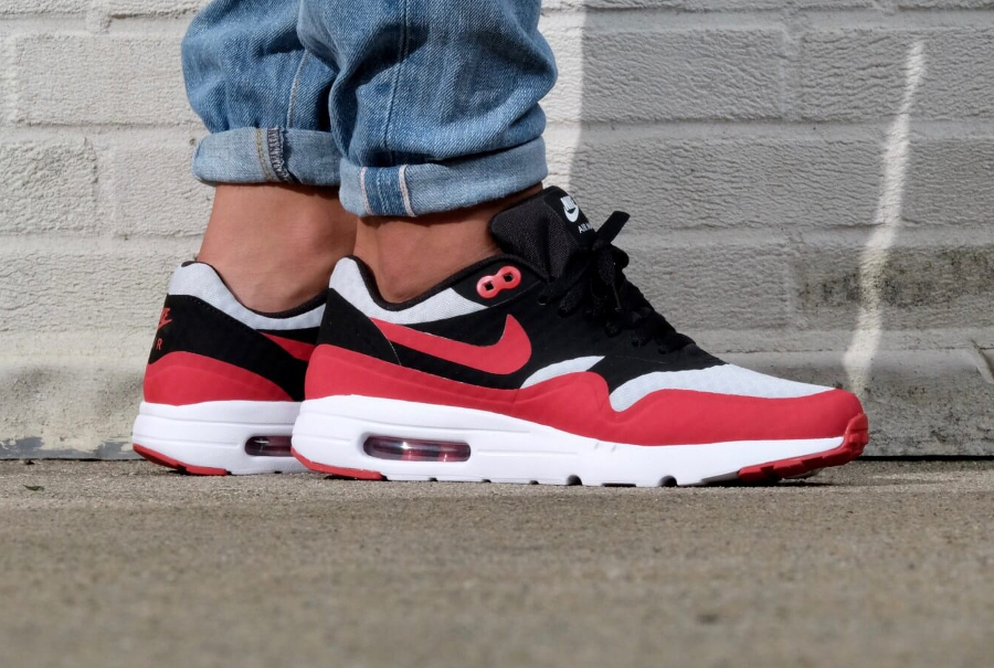 5-chaussure Nike Air Max 1 Ultra Essential Gym Red pas cher en soldes