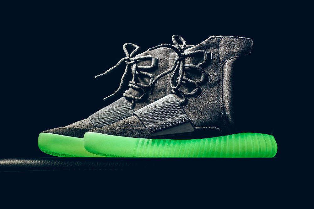 Adidas Yeezy 750 Boost semelle glow in the dark
