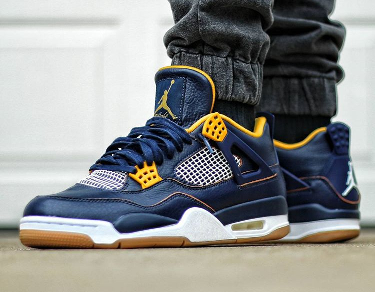 Air Jordan 4 Retro Dunk From Above - @espbj