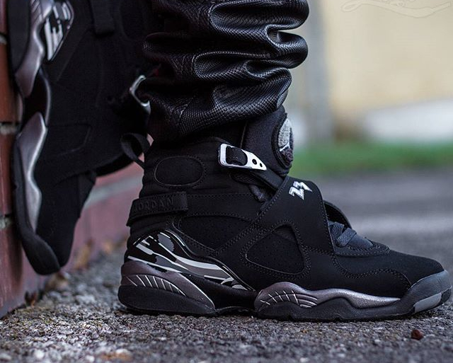 Air Jordan 8 Retro Chrome - @livin_legit (3)