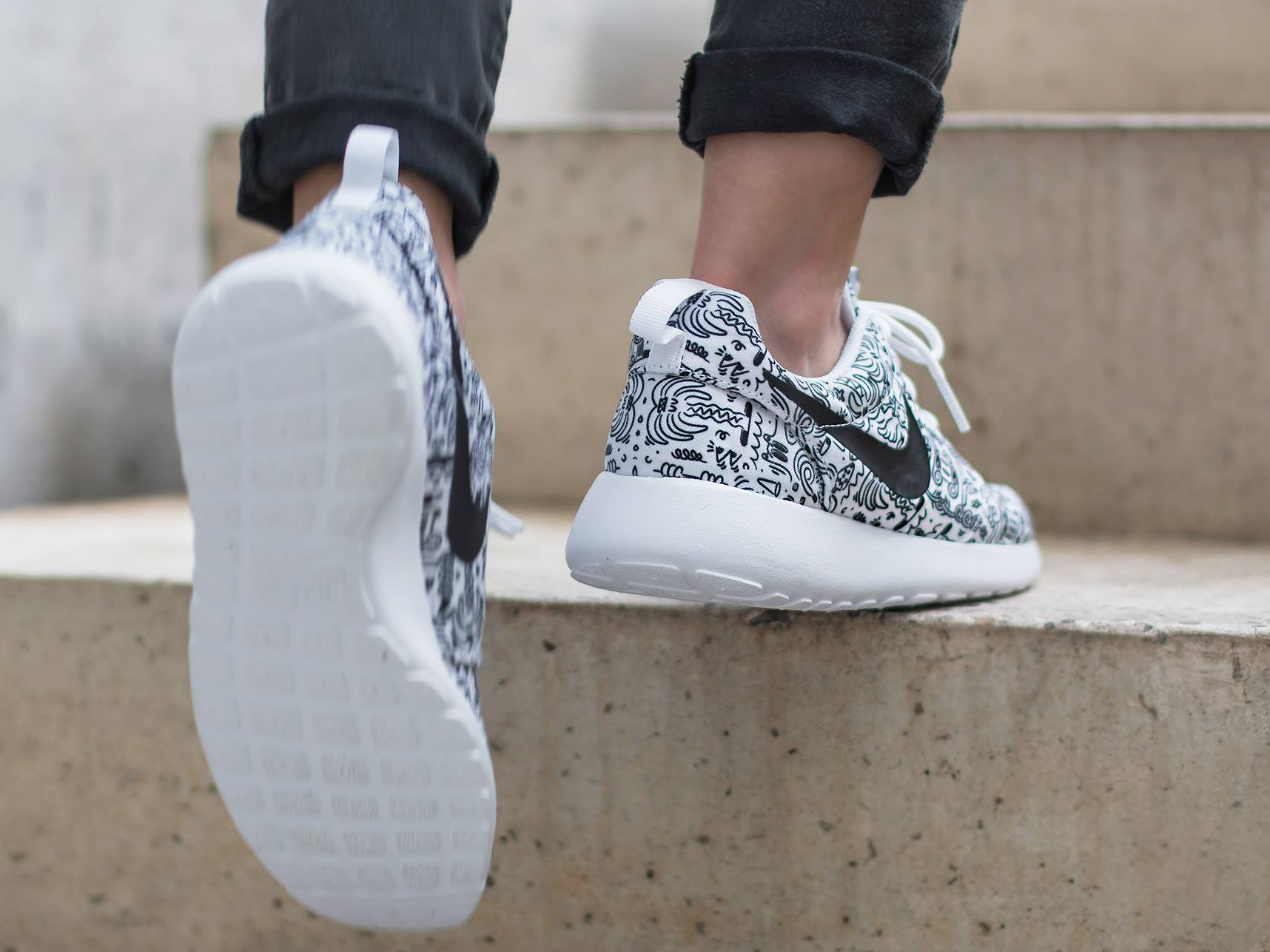 Basket Steven Harrington x Nike Roshe Run Print 'Doodle' (4)