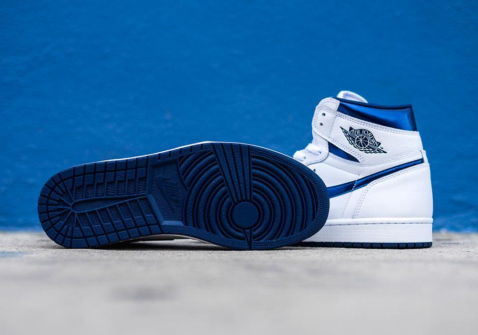Chaussure Air Jordan 1 Retro High OG 'White Metallic Navy' (7)