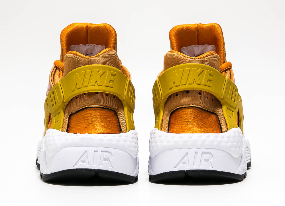Chaussure Nike Air Huarache 'Sunset Gold' (2)