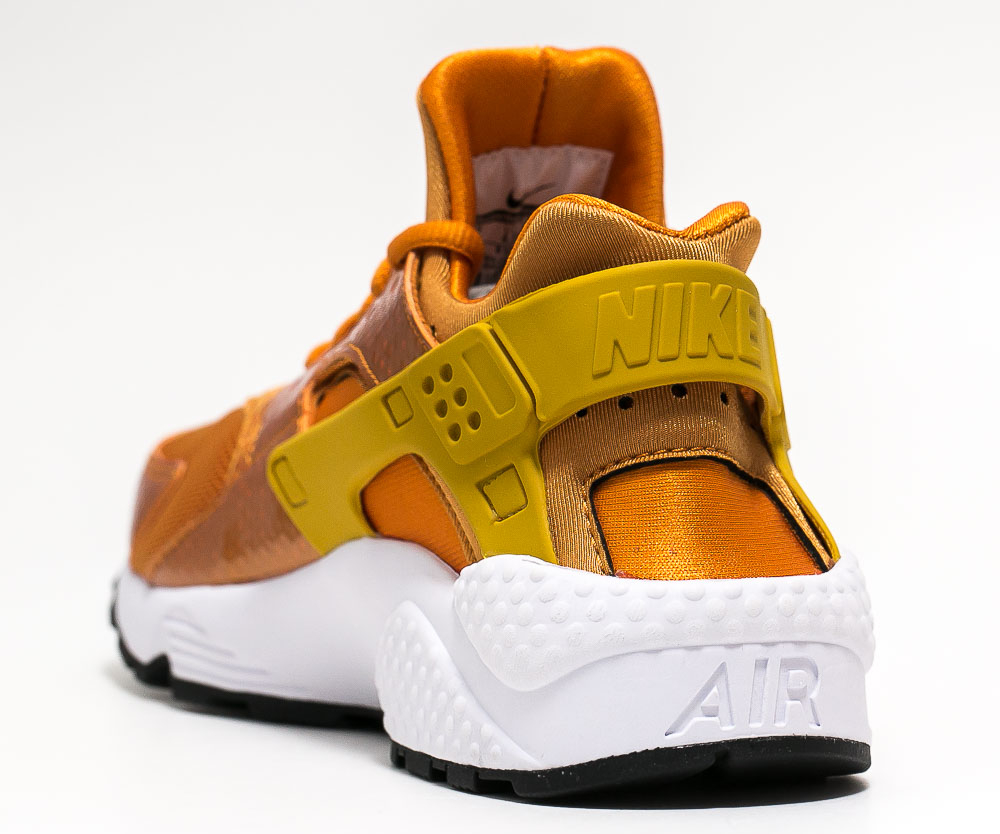 Chaussure Nike Air Huarache 'Sunset Gold' (3)
