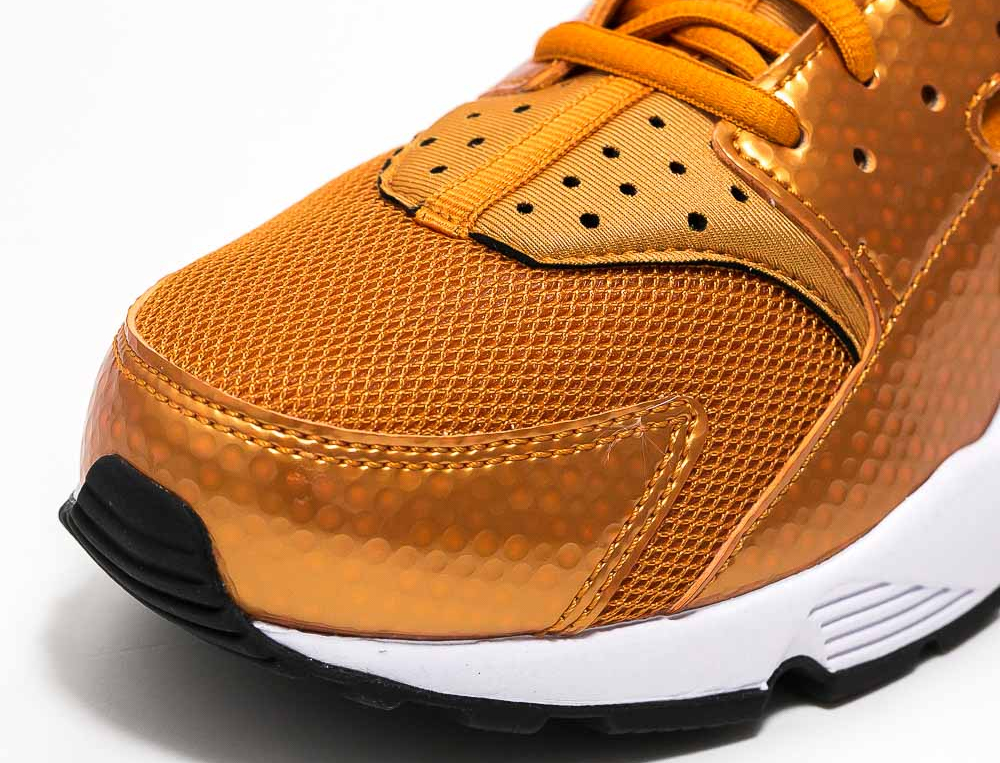 Chaussure Nike Air Huarache 'Sunset Gold' (4)