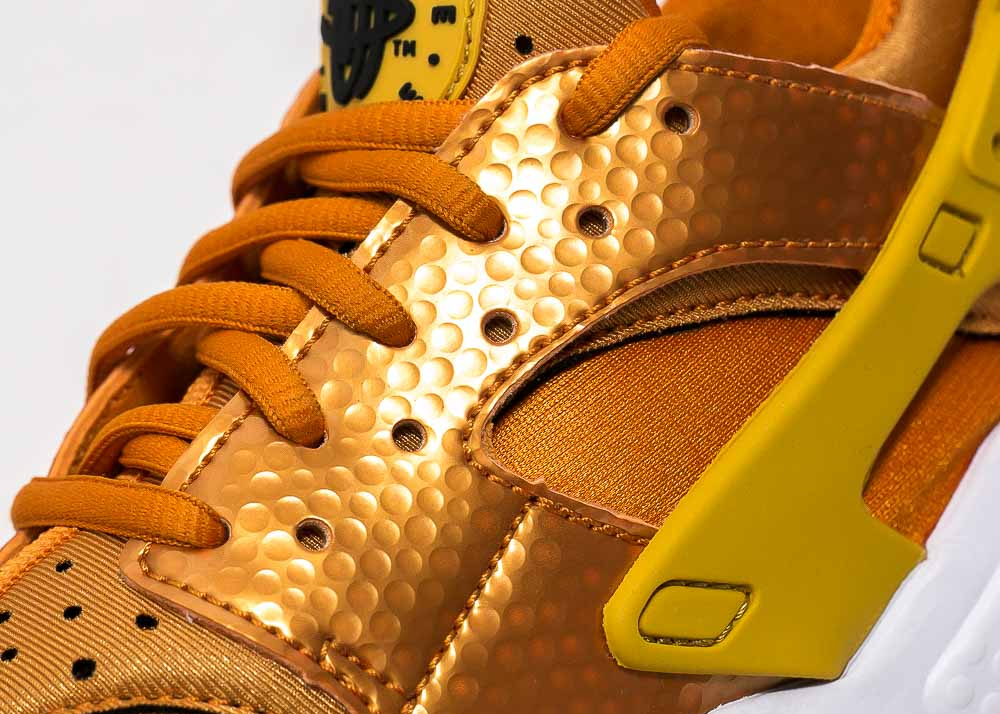 Chaussure Nike Air Huarache 'Sunset Gold' (5)