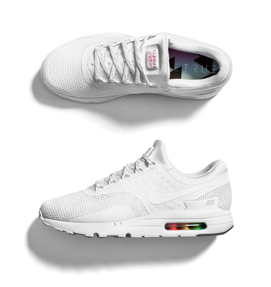 Nike Chaussures W Air Max Zero Nike Carbon FTWR White 2 Star Baskets
