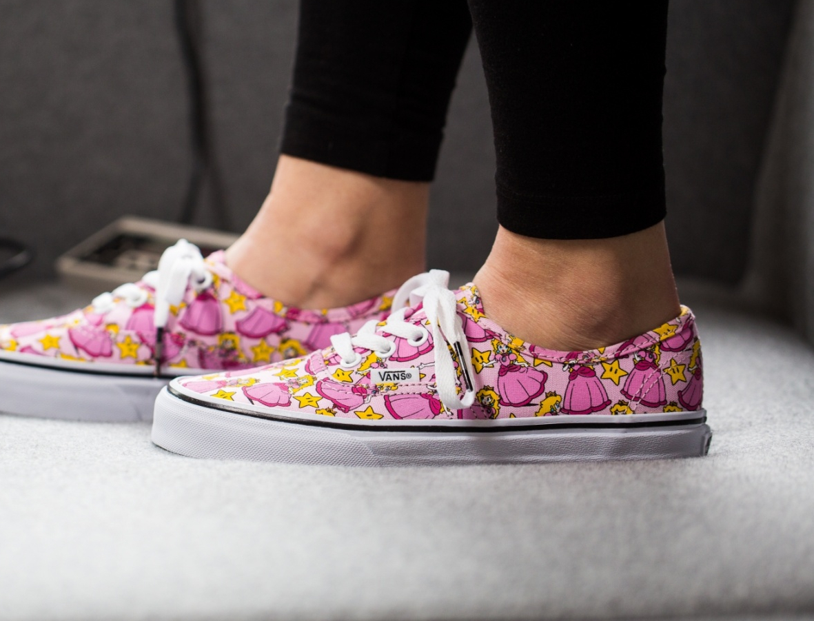 Chaussure Nintendo x Vans Authentic Princesse Peach (2)