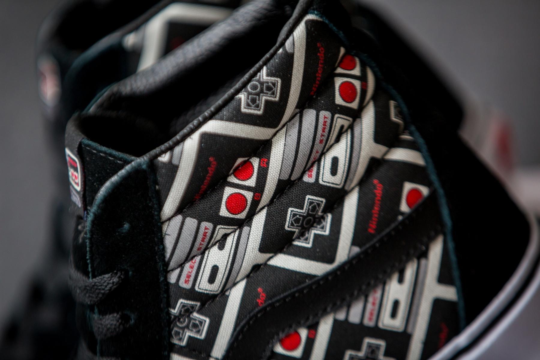 Chaussure Nintendo x Vans SK8 Hi Reissue manette Nes 8 Bits (3)
