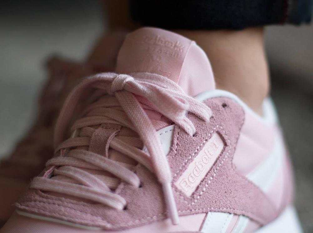 927d8473dac11 Chaussure Reebok Classic Nylon SP Porcelain Pink rose (femme) (7)