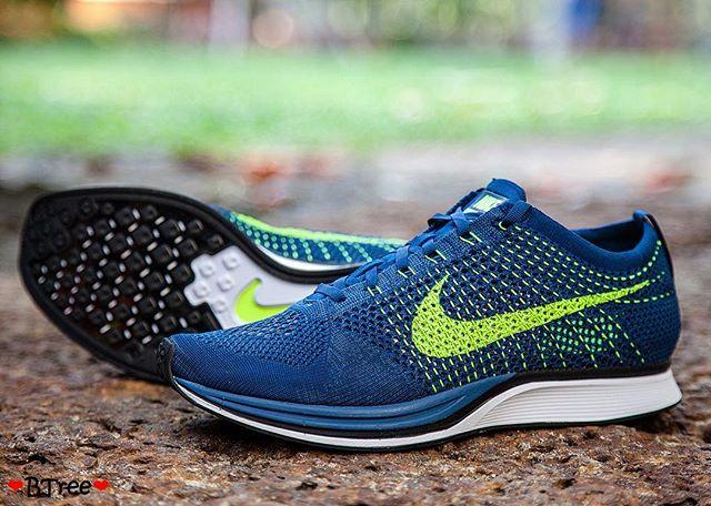 Nike Flyknit Racer 'Brave Blue'