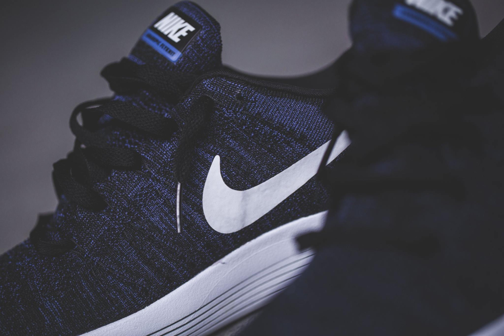 Nike Lunarepic Flyknit noire et blanche (3)
