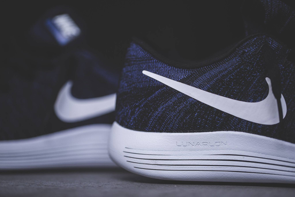 Nike Lunarepic Flyknit noire et blanche (4)