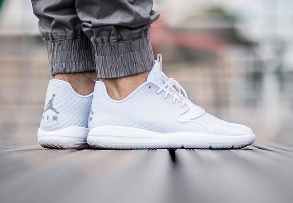 acheter basket Air Jordan Eclipse Synthetic 'Pure Platinum Metallic Silver'
