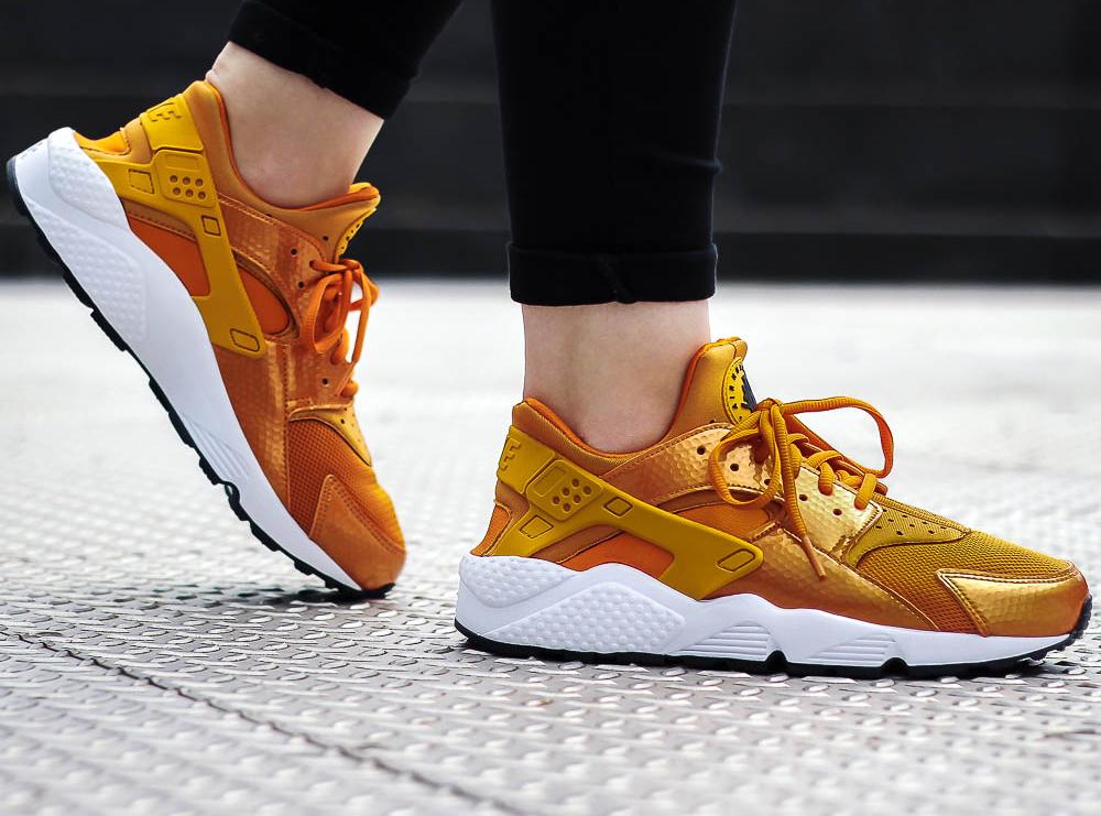 acheter basket Nike Wmns Air Huarache 'Sunset Gold Dart' (femme) (1)