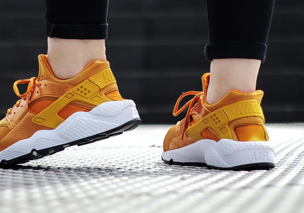 acheter basket Nike Wmns Air Huarache 'Sunset Gold Dart' (femme) (2)