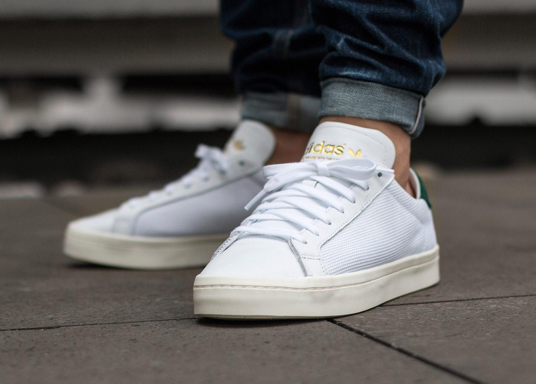 8d3b255c2bc5 ... acheter chaussure Adidas Court Vantage Vintage White Court Green